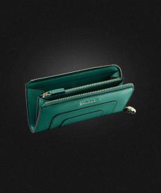 ブルガリ セルペンティ 財布